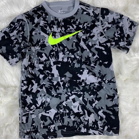 Nike Boys Dri-Fit T-Shirt